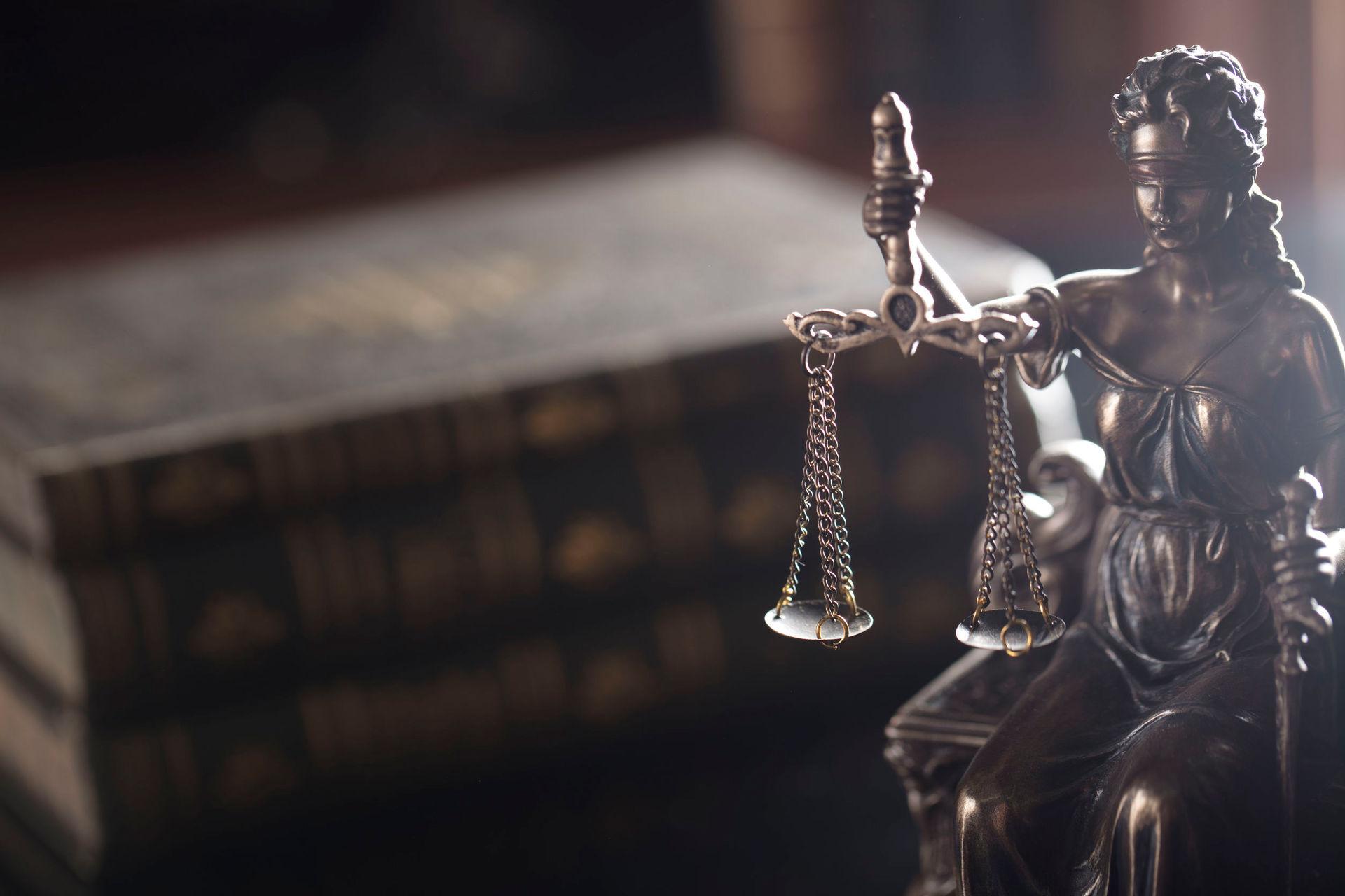 Lawsuit could make gunmaker open books