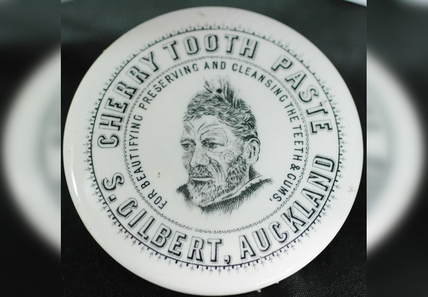 Rare toothpaste pot lid from Victorian era set to fetch over $15,000 at auction