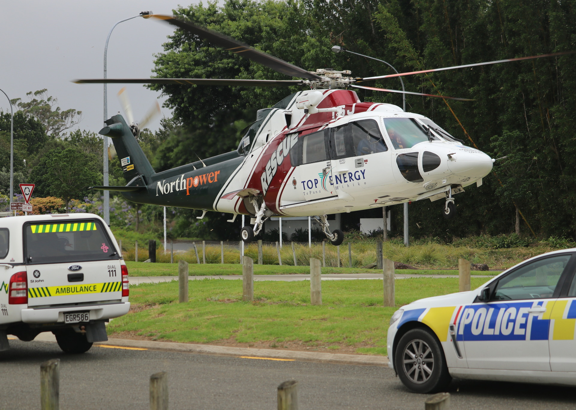 Fatal Two Car Crash Near Kawakawa Nz Herald Ponds Facial Foam 50 Grm