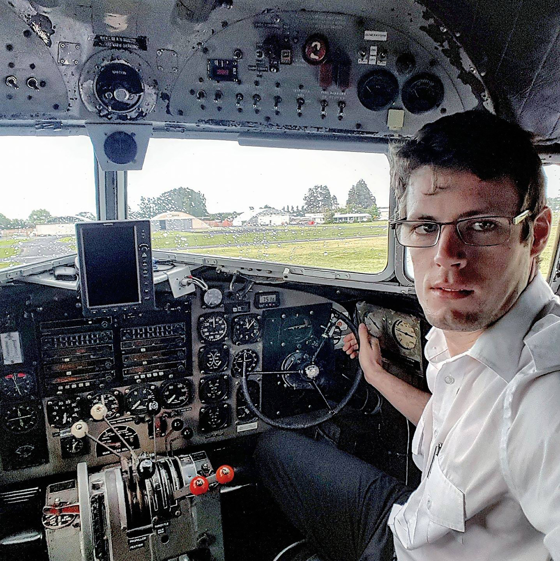 Pilot association rocked by death of young leader Peter Callagher