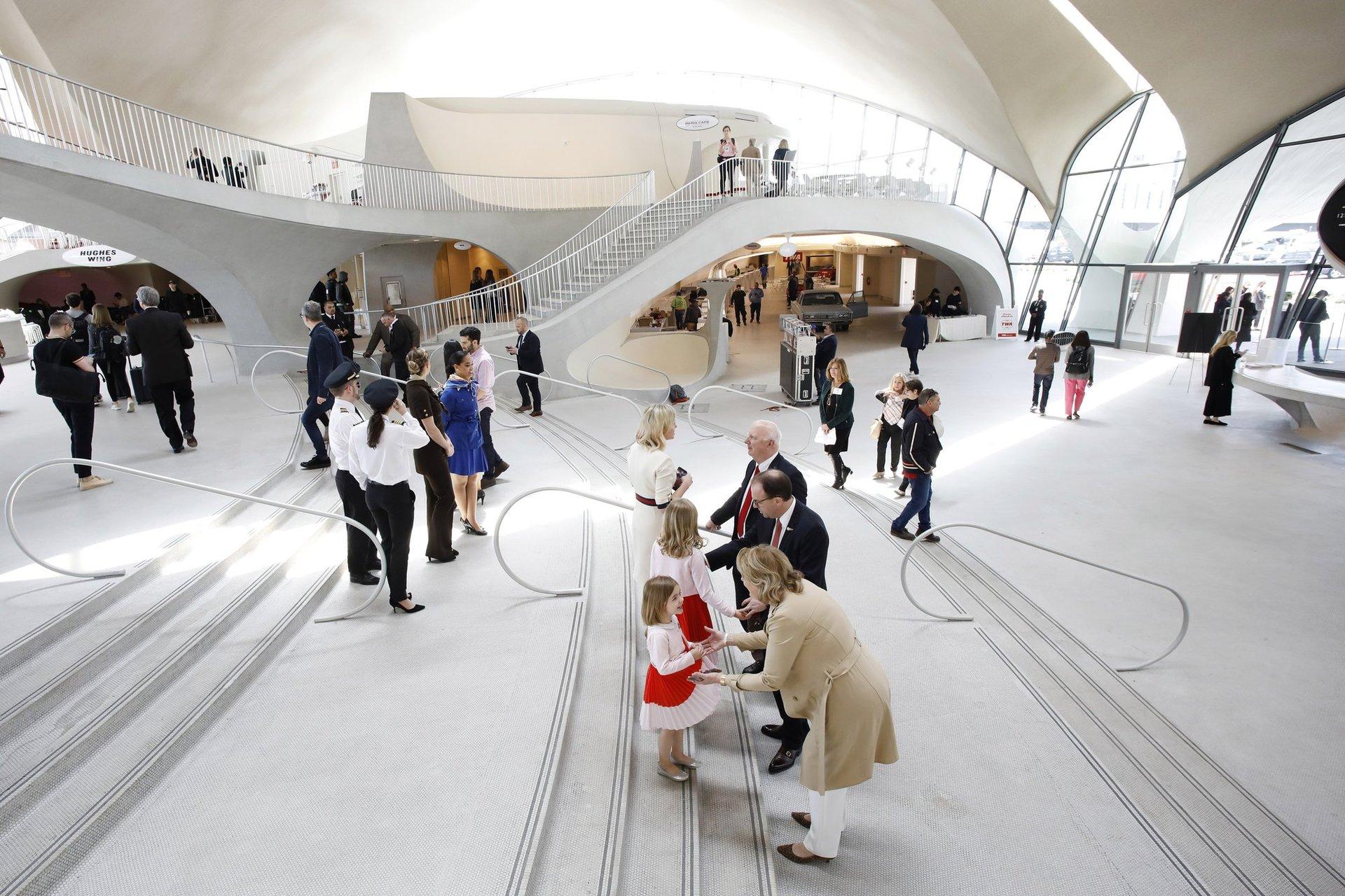'Retro' 60s New York terminal gets new life as luxury hotel