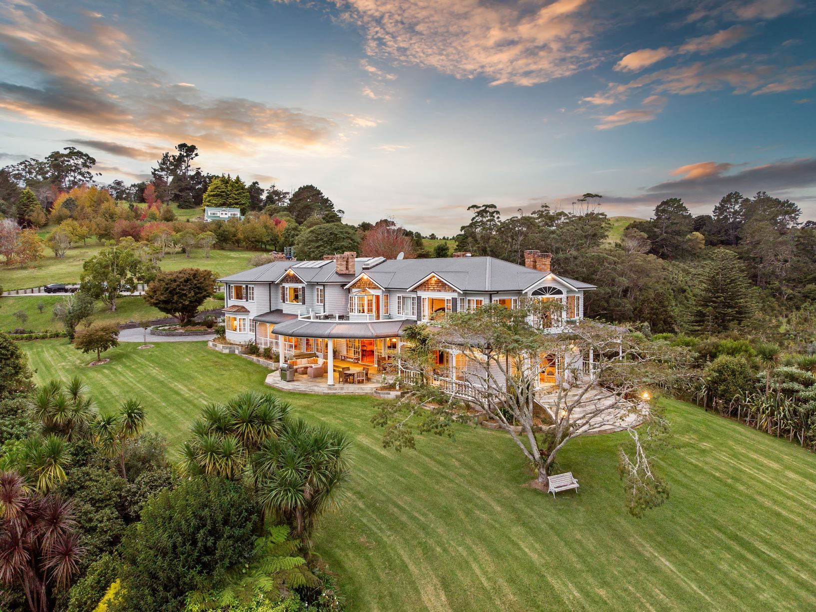 Russell $8.9m mansion up for sale allows guests to arrive by helicopter or superyacht