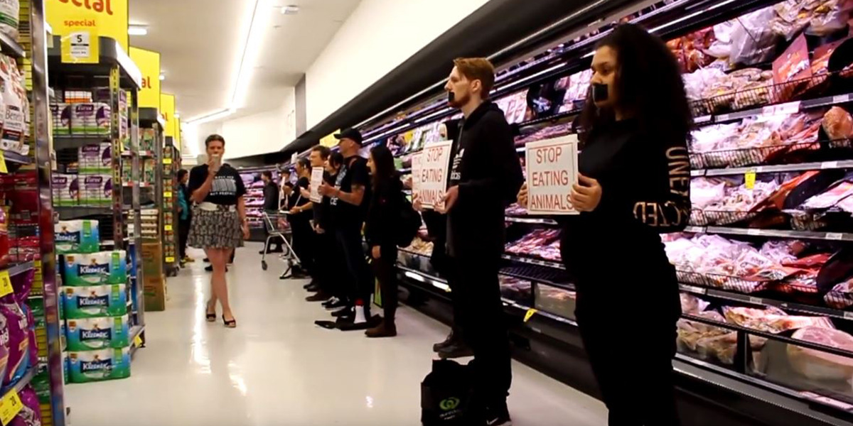 'Let me at them': World reacts to vegan protesters who stormed supermarket