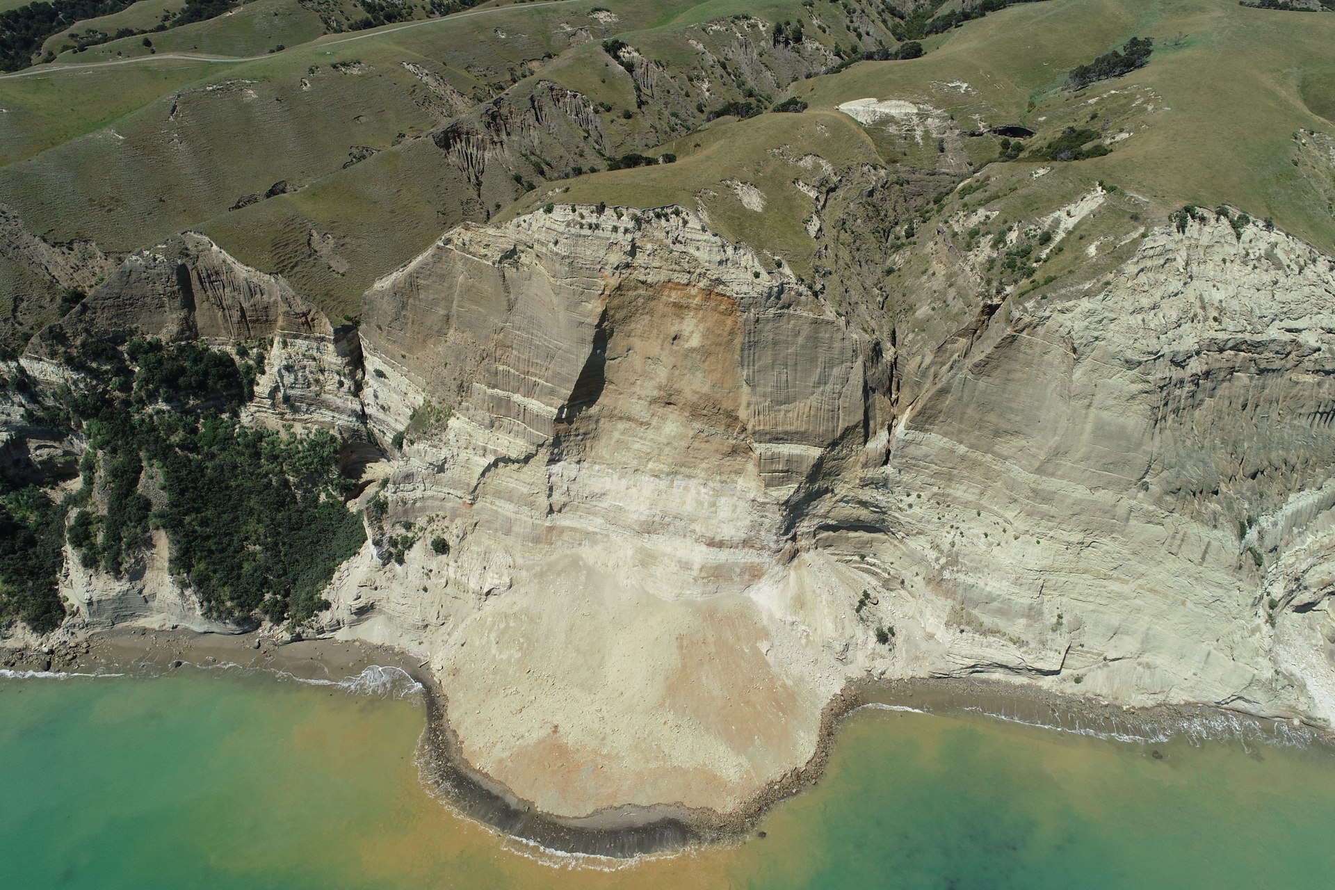 Another landslide delays Cape Kidnappers beach access opening