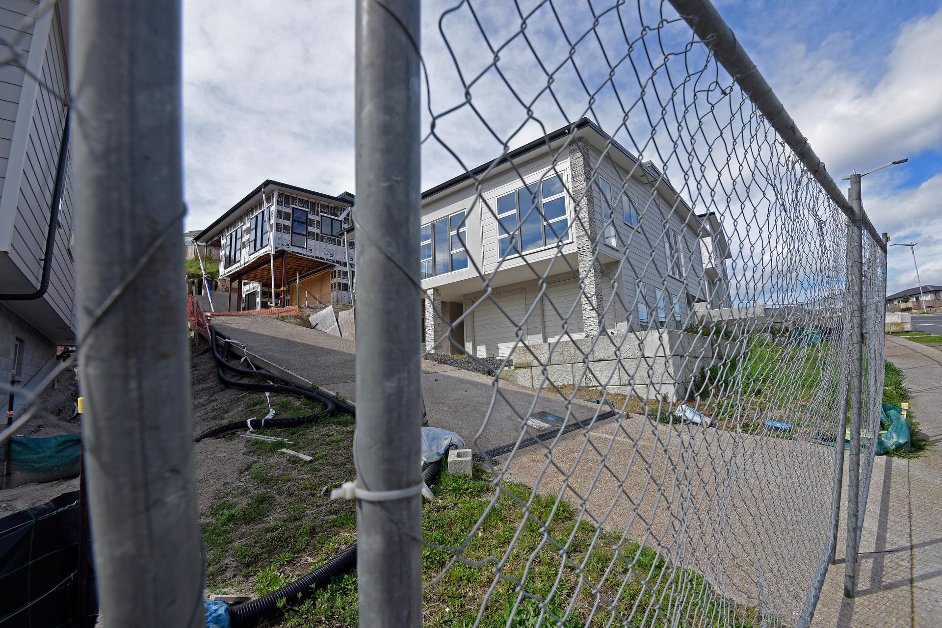 Bella Vista collapse: Liquidators demand $2 million - NZ Herald