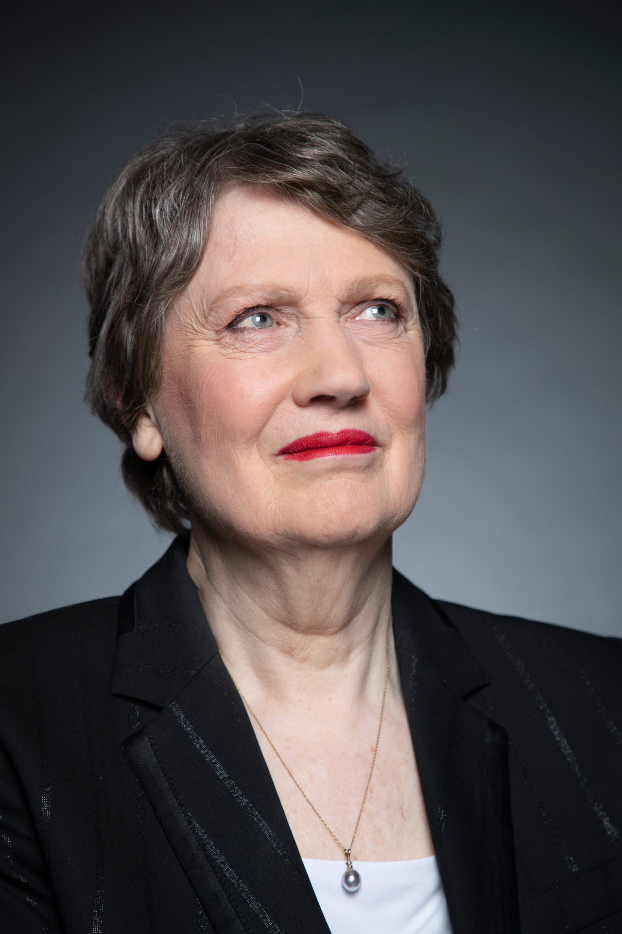 'I can visualise the horror'– Helen Clark on White Island eruption