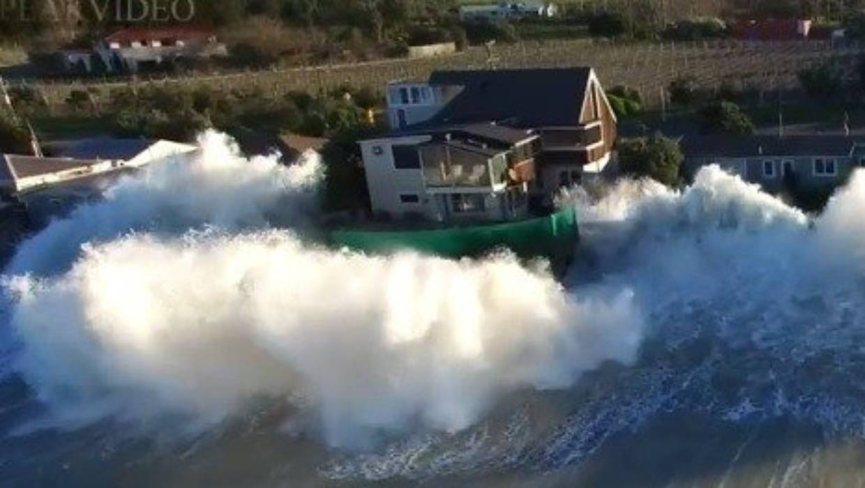 The hourglass empties: Waves bashing Haumoana beachfront are our climate change flashpoint