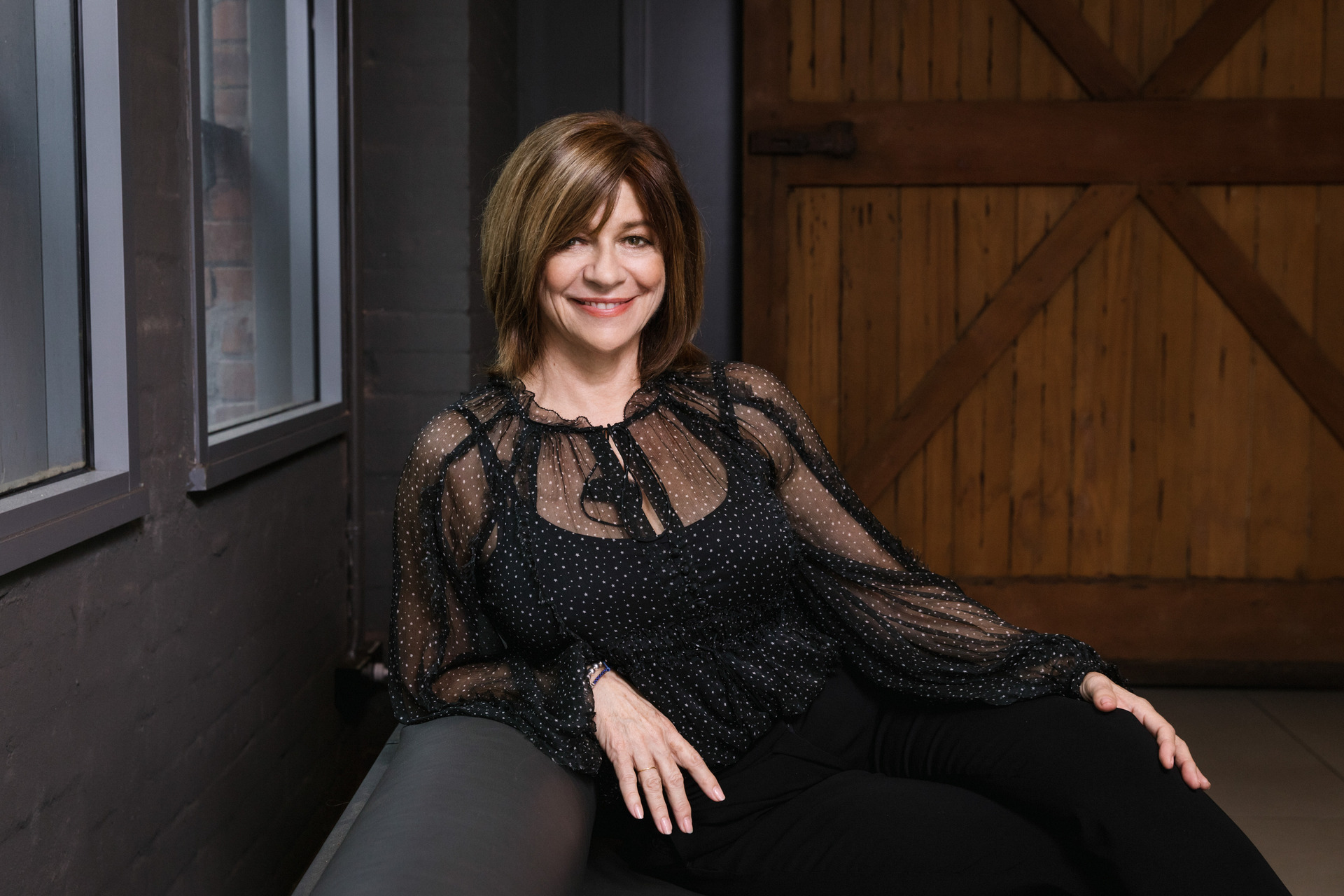 Why Kiwi hitmaker Jenny Morris can't sing anymore - NZ Herald